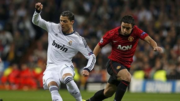 Ronaldo (trắng) chơi khá ổn trong lần đối mặt với đội bóng cũ