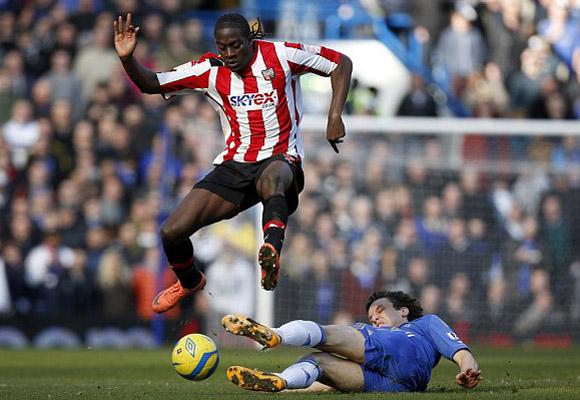 Brentford bất lực trước hàng thủ Chelseal