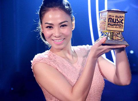 Cảnh Thu Minh nhận giải Mnet Asian Music Awards được ghi hình và phát tại lễ trao giải.