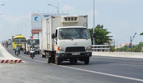 Điểm nóng về kẹt xe vào dịp Tết tại cầu Kinh Xáng trên QL1A thuộc huyện Châu Thành (Tiền Giang) năm nay đã được xóa bỏ. Ảnh: Vân Anh