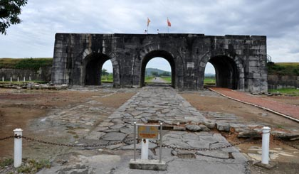 Visiting the citadel of the Ho Dynasty in Thanh Hoa province