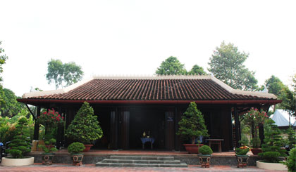 Nhà thờ bà Nguyễn Thị Thập trong Khu di tích Nam kỳ khởi nghĩa (xã Long Hưng, huyện Châu Thành).  Ảnh: HẠNH NGA