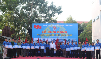 Tien Giang provincial Communist Youth Union launched Youth Month 2017