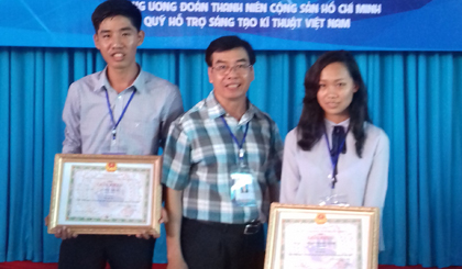 Tien Giang student wins 4 prizes in science and technology contest
