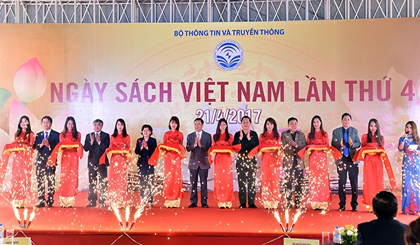 Vietnam Book Day attracts thousands of book lovers