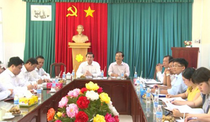Chairman of the PPC works with Tien Giang Medical College