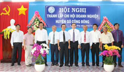 The branch of Business Association of Go Cong Dong district established