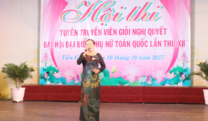 Tien Giang provincial Women's Union organized the contest for good propagandist