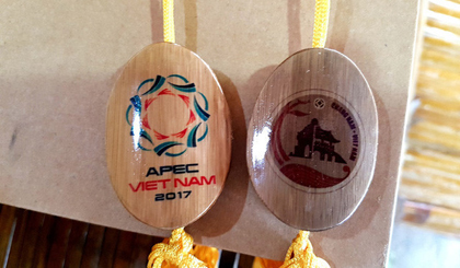 Special gifts for APEC Finance Ministers in Hoi An