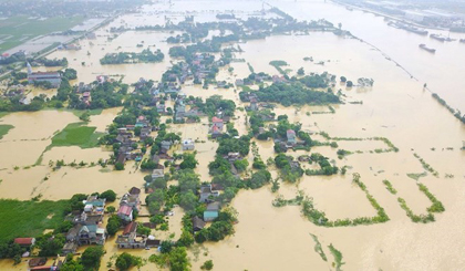 Vietnamese Embassy in Malaysia supports flood victims at home