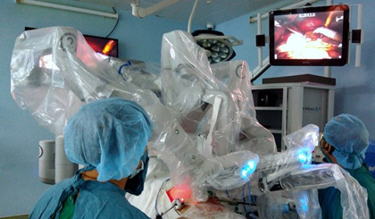 Hospital successfully carries out robotic surgeries on 222 patients in only ten months