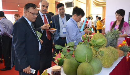 To seek opportunity to invest into agricuure between India and Mekong Dea provinces