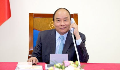 Vietnamese, Japanese PMs discuss bilateral ties over phone call