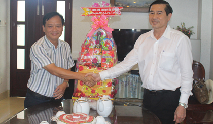 Chairman of the PPC extends Tet greeting to enterprises