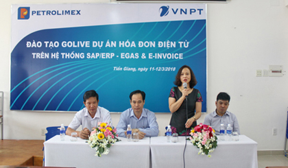 Petrolimex Tien Giang deploys electronic invoices