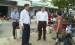 Chairman of the PPC Le Van Huong inspects traffic safety