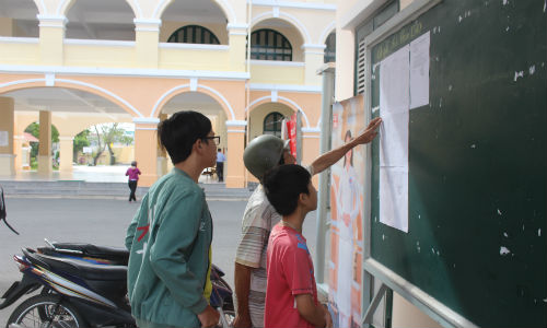 Benchmark of grade 10 for 2018-2019 school year in Tien Giang province announced
