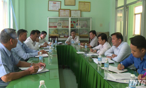 The Tien Giang's leaders to meet people in the new rural communes