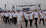 Tien Giang province: 1,200 people participated in the walk for the green environment