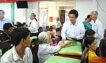 Support for poor and beneficial families ahead of Tet