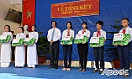 Secretary of the Provincial Party Committee attends the closing ceremony at Long Binh Secondary&High School