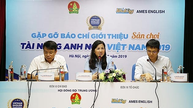 The organisers announce the Vietnam English Championship 2019 at a press brief held in Hanoi on September 27, 2019. (Photo: NDO/Ngoc Vy)