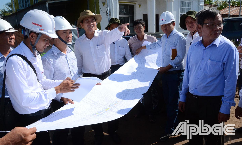 Chủ tịch UBND tỉnh Lê Văn Hưởng kiểm tra tiến độ Dự án tại nút giao An Thái Trung.