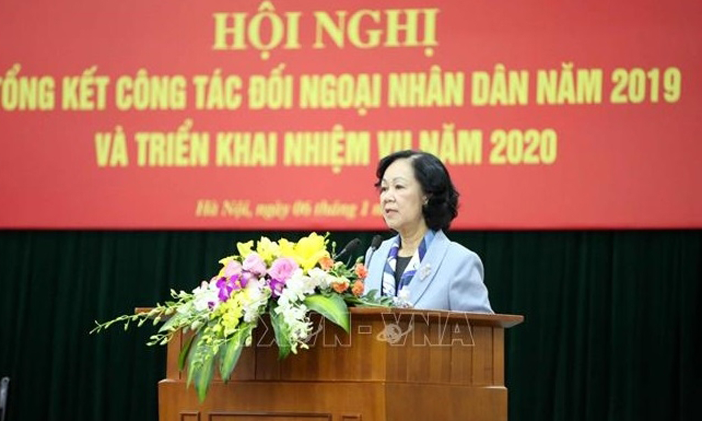 Politburo member urges to improve the quality of people's diplomacy
