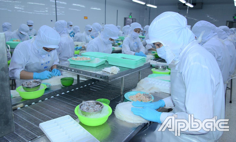 Nhiều DN kiến nghị Chính phủ hỗ trợ nhiều vấn đề để duy trì hoạt động sản xuất, kinh doanh.