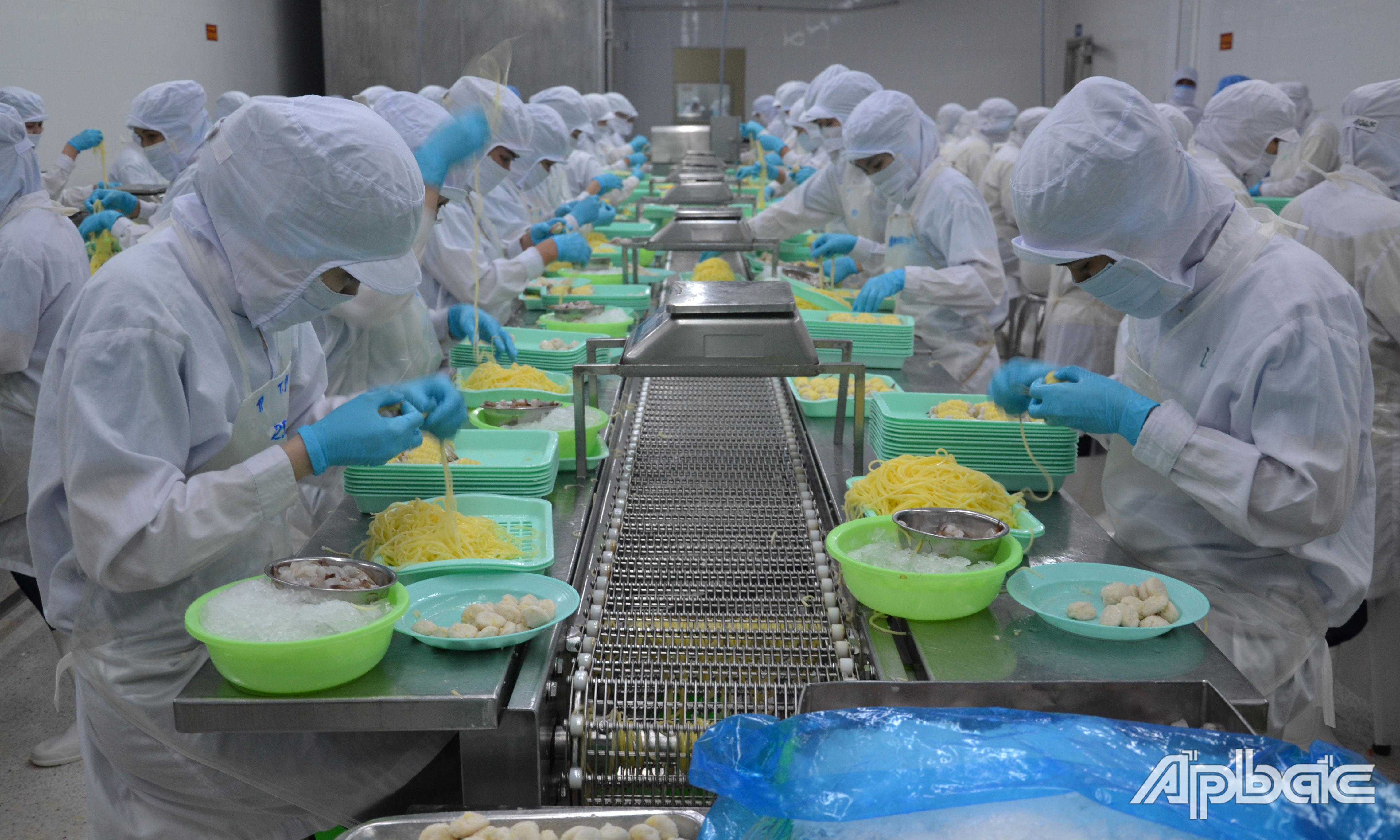 HHDN tỉnh tiếp tục tập hợp ý kiến, đề xuất của doanh nghiệp về những vướng mắc trong sản xuất, kinh doanh để kiến nghị với tỉnh và các ngành chức năng liên quan.