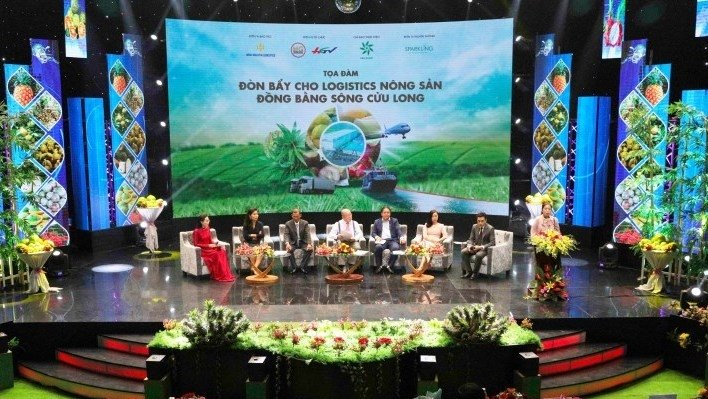 Measures discussed to boost agricultural logistics in Mekong Delta